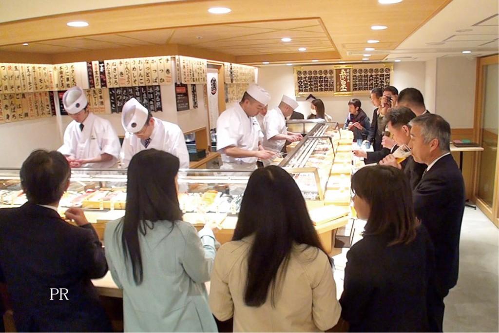 ミシュランより立ち食い寿司 中国の富裕層がはまる「ディープ日本」
